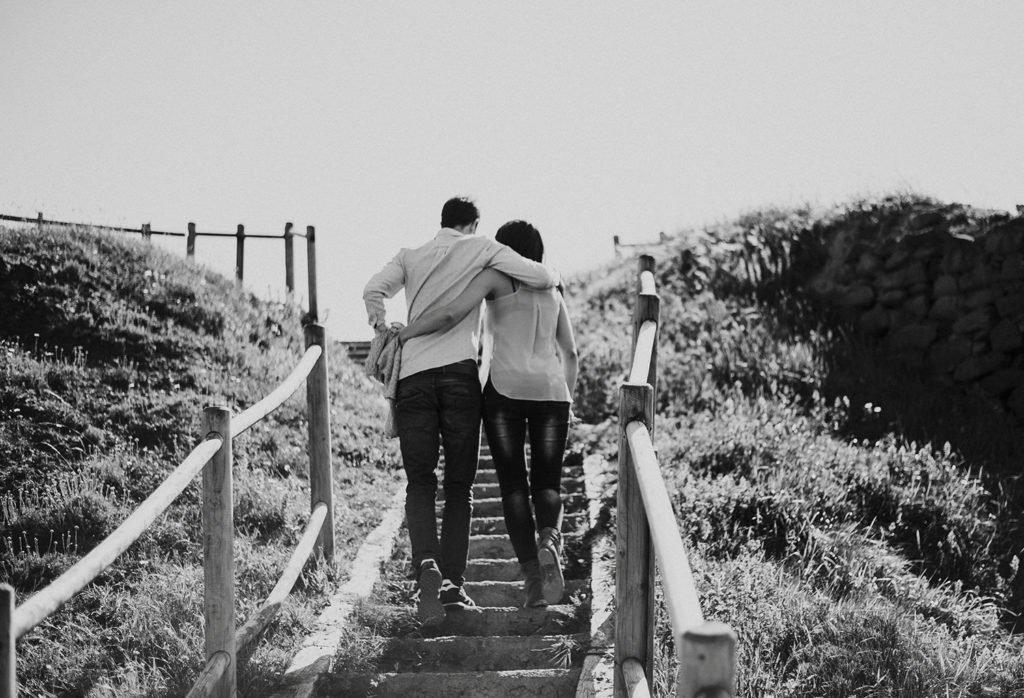 Sesión de fotos de pareja en Kobaron en Pobeña