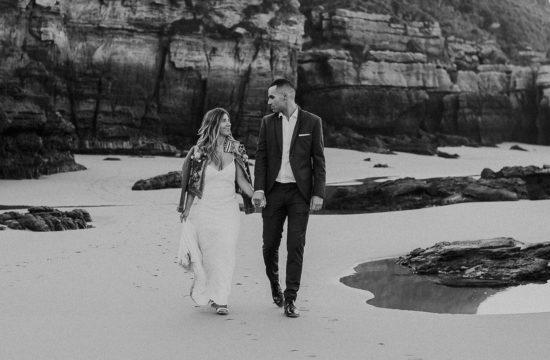 fotos postboda en la playa Galizano en Cantabria